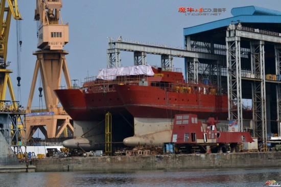 我国第4艘双体测量船出厂 船底奇特构造罕见曝光