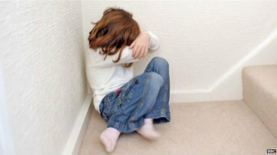 联合国:照片10%全球被强奸或性侵60%儿童受腰女孩的女生图片