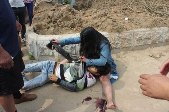 响水一女子接学生途中遭抢劫,万元项链被抢