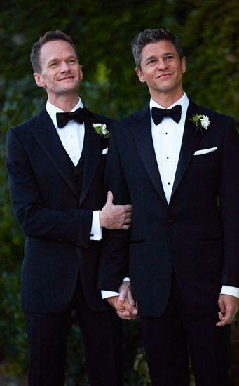 美国出柜男明星完婚 与男友相恋十年育两子
