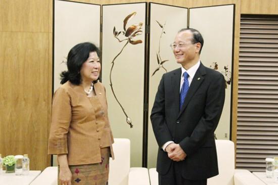 邵琪伟会见印度尼西亚旅游与创意经济部部长