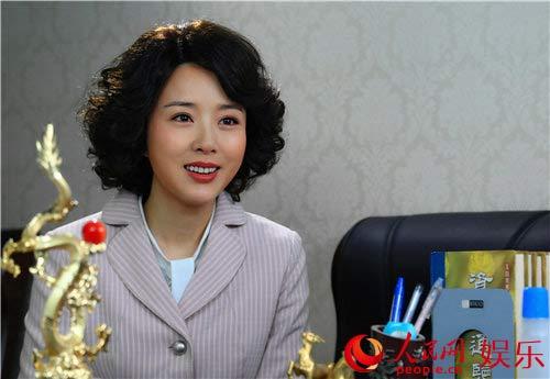 《油菜花香》热播 颜丹晨斩获金牛奖最佳女主角
