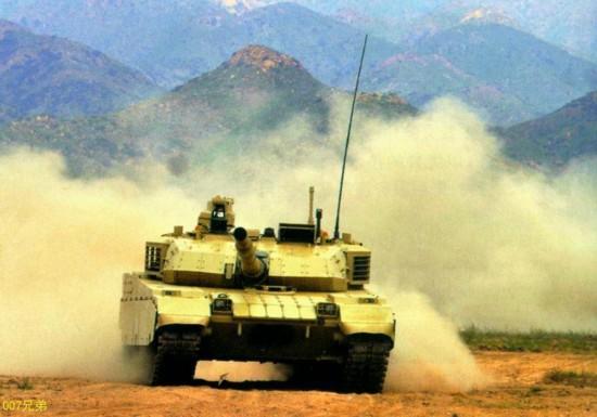 中国军工公开VT-4新式外销主战坦克猛照