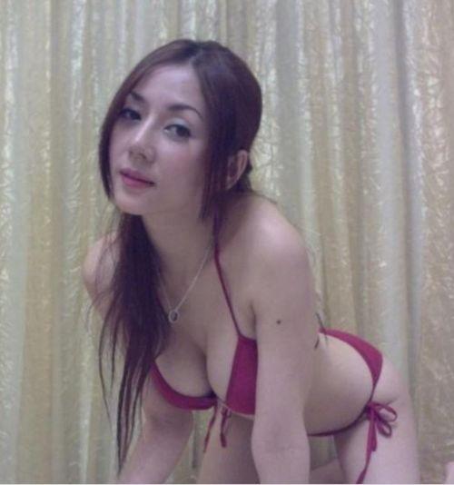 42岁少妇网络大晒火辣照 被称为美魔女【8】