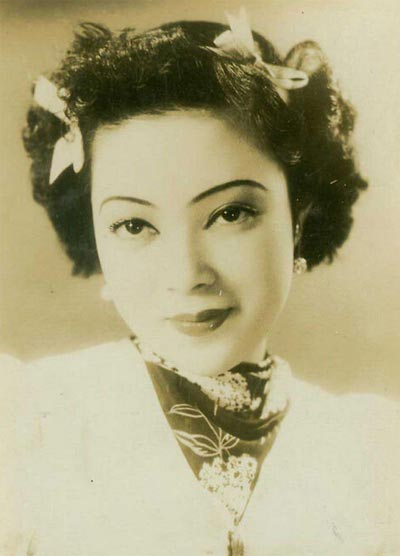Songstress Li Xianglan dies at 94