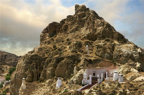 山洞房子图片