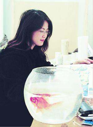 女画家熊广琴