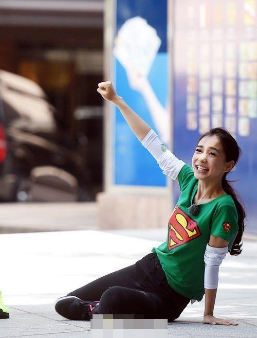 unning Man》韩国拍摄 Angelababy美貌征服韩