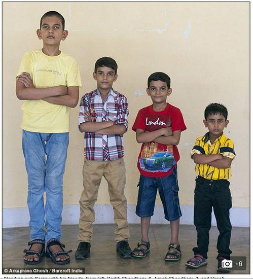 印度5岁男童身高已达170厘米母亲高2米16(图)