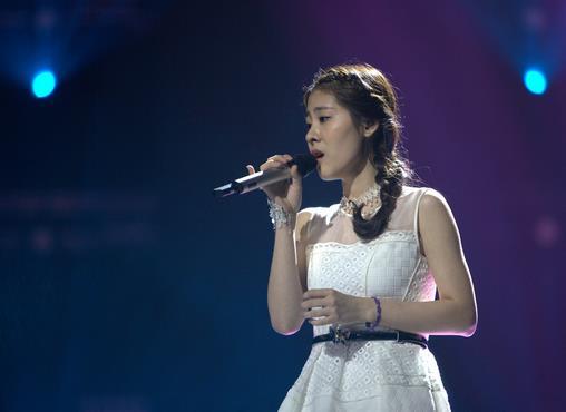 中国好声音第三季直播 张碧晨后会无期成为那英组冠军
