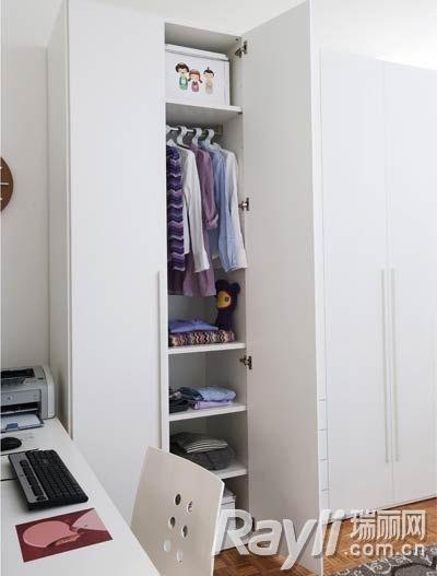 衣柜内部-老气空间大改造 变身活力少女房
