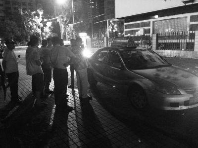 出租车司机凌晨海口街头身亡 警方介入调查