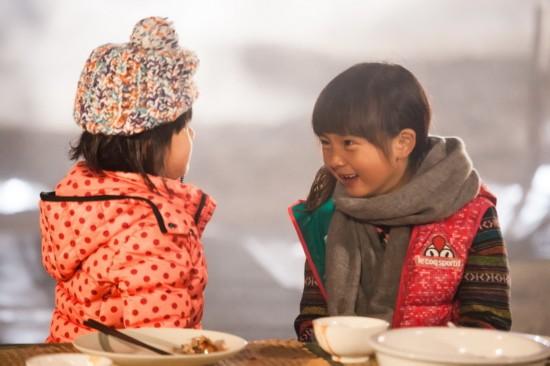 《爸爸2》大结局剧照 黄渤佟大为做菜遭嫌弃