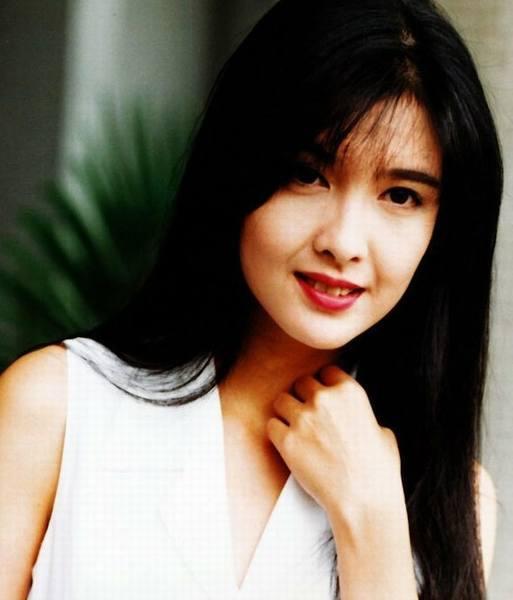 王菲范冰冰林青霞 女星那些年的惊艳时光