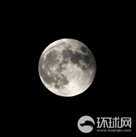 """网友摄影:""""红月亮""""亮相天际【11】"""