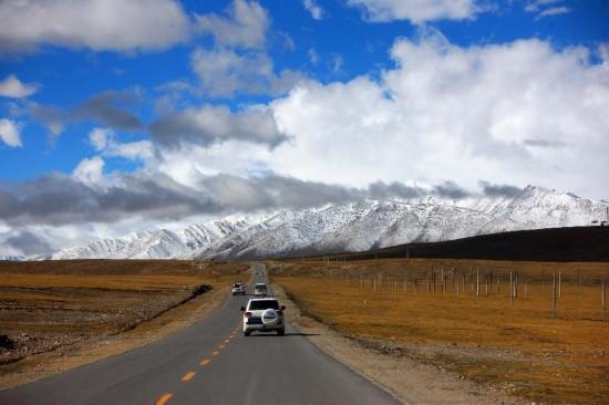 (川藏青藏公路60年)(1)梦想,延伸在青藏公路上