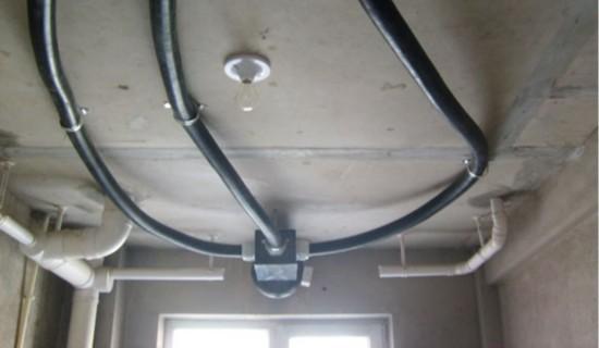 房屋装修前先需吊顶系统图片来自(新风安装http://xinfengxitong.进行内配塑料管定额图片