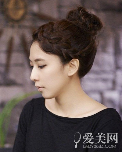 韩式编发花苞头 可爱甜美瞬间减龄