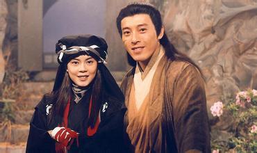 雕英雄传》、《新白娘子传奇》风靡内地时,香港拍摄的《笑傲江湖
