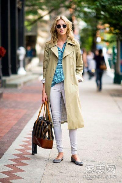 欧美街拍示范风衣搭配 演绎优雅女人味图片