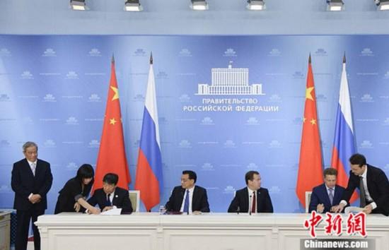 李克强总理访俄:中国高铁将开进俄罗斯