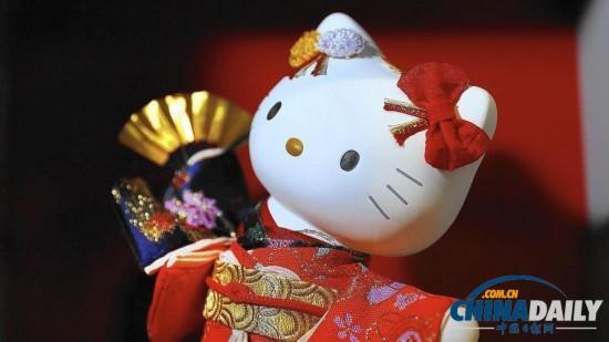 组图:Hello Kitty40周年展洛杉矶卖萌 500余件展品亮相萌哭你