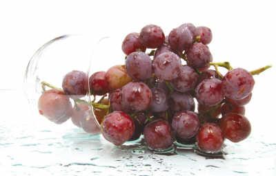 葡萄抗衰老山楂防癌 营养师秋季必吃5种水果