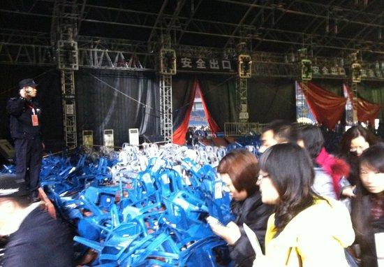 好声音演唱会舞台坍塌致1死1伤 盘点明星演唱会伤亡事故
