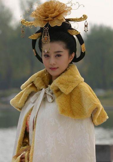 9,杨玉环当男人恋爱时电视剧图片