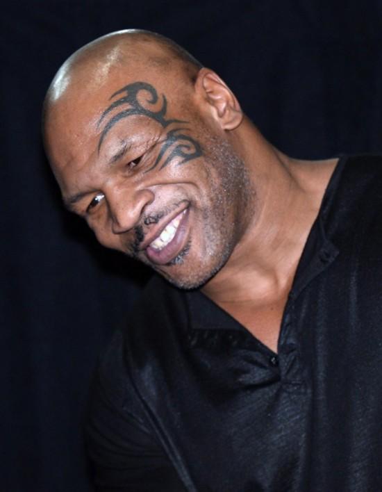 搏击运动员泰森居然将纹身搞到了脸上!图片
