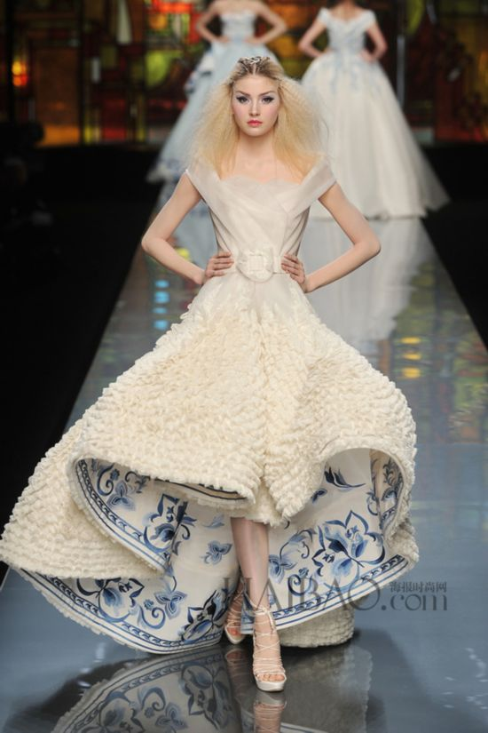 迪奥(dior) 2009春夏高定系列女装秀场图片