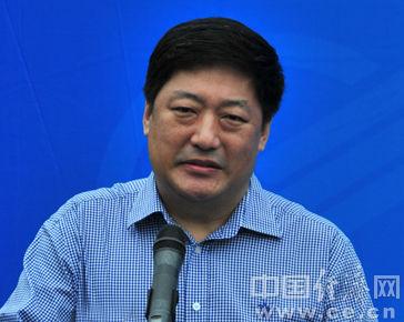 海南省政府副秘书长倪健任省国资委主任党委副书记