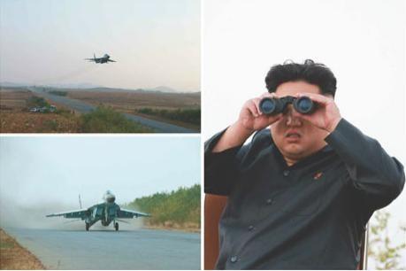 金正恩赞扬称,朝鲜的飞行员按照他的要求,具备了高超的飞行技术。(图片来源:《劳动新闻》)