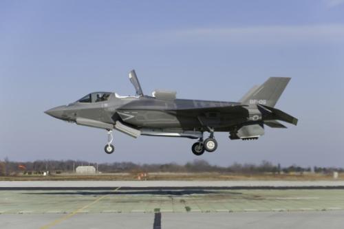 美国防部公布F-35战斗机发动机着火事故原因