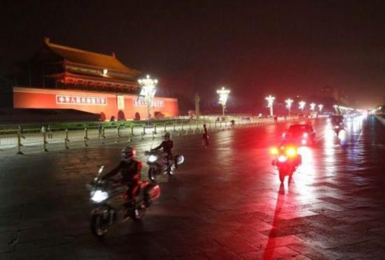 中国恢复来访国宾车队摩托车护卫(图)