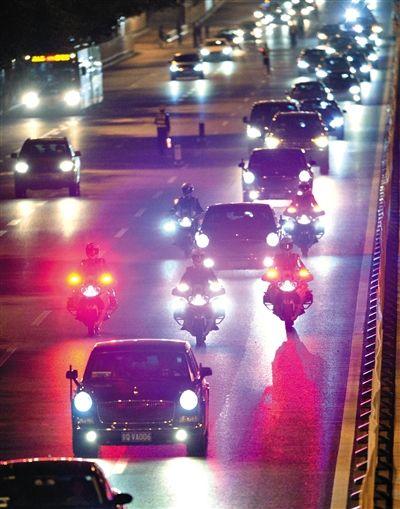 中国恢复国宾摩托护卫队曾因阻塞交通取消
