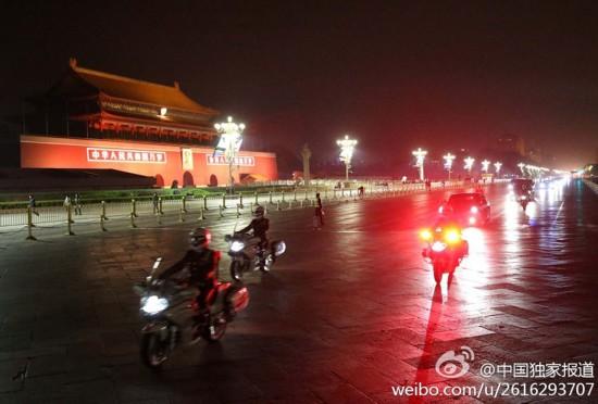 中国恢复来访国宾车队摩托车护卫(高清组图)
