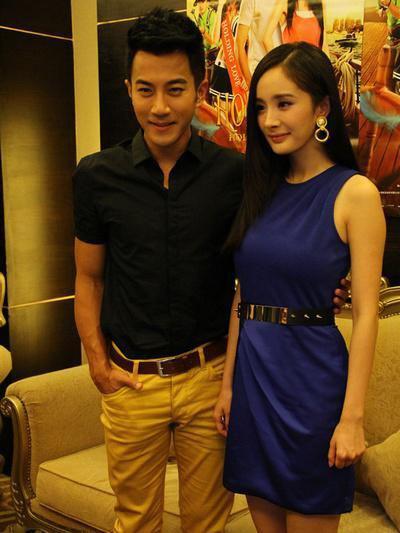 刘恺威VS杨幂  刘恺威和杨幂是真爱,但是刘凯威私底下为人传统,加