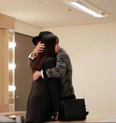 《对我而言可爱的她》第11集剧透:l & krystal 浪漫拥抱剧照公开【3】