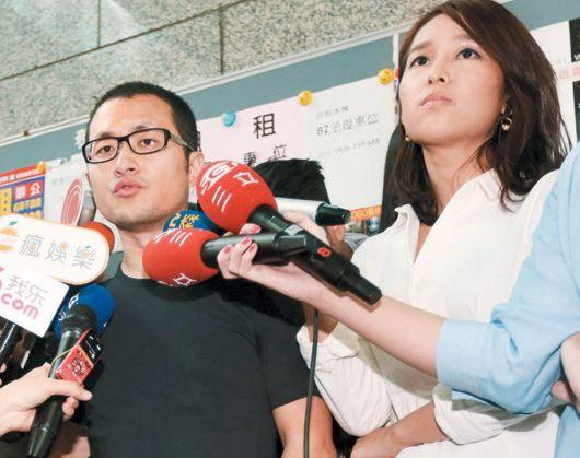 交往九年的女友和中视美女记者周亭羽上汽车旅馆开房