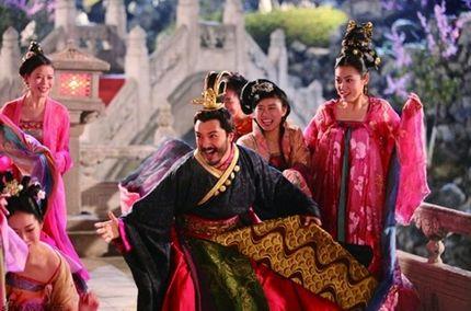 中国皇帝无耻三大性创意 史上十大最淫乱帝