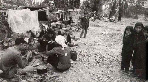 越南战争美军死亡照片_越南战争死亡人口