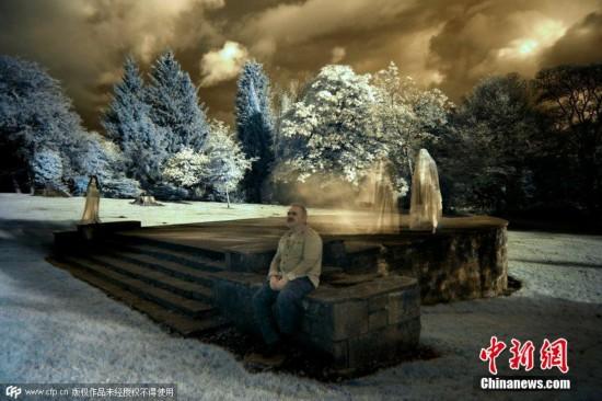 英國攝影師紅外線相機捕捉神秘鬼影
