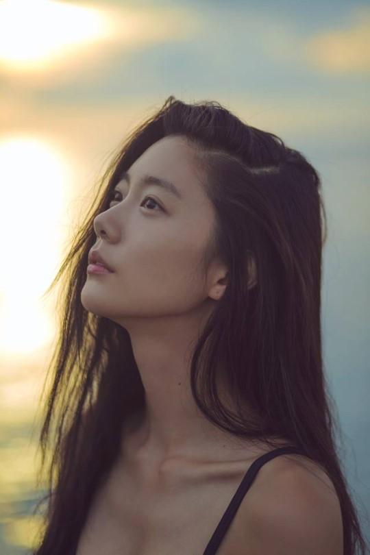 2014年女星最美全球Clara李成敏排第二性感美性感公交图片