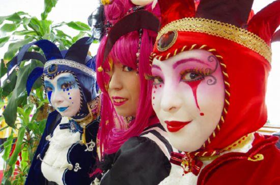 日本小学上举办视频万圣节比赛化妆练字地铁首届图片