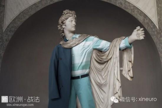 """当卢浮宫的裸体雕像""""穿""""上了衣服(组图)【12】"""
