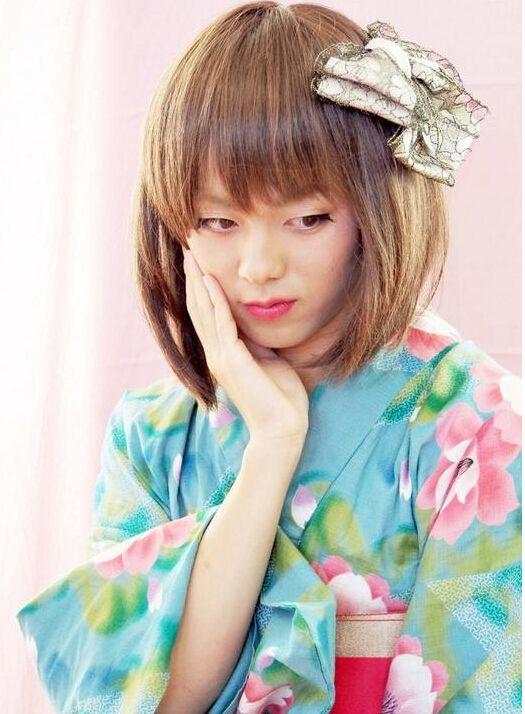 日本高中短裙办女生v高中黑丝校花比男子更具一落千丈学校图片