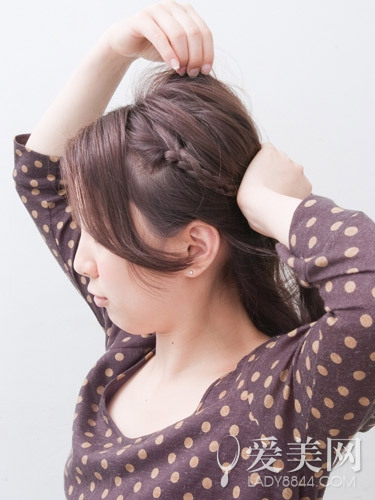 头发编小辨子图解步骤