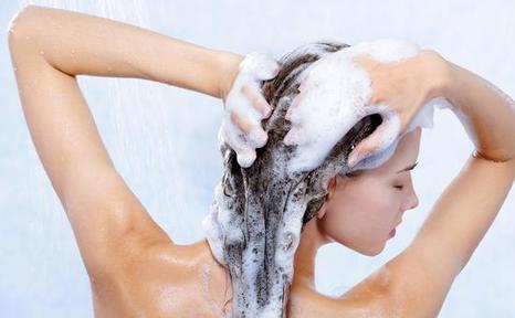洗澡8个误区让你洗出一身病