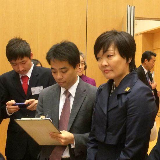 安倍夫人与中国学生进行交流 现场大聊日剧